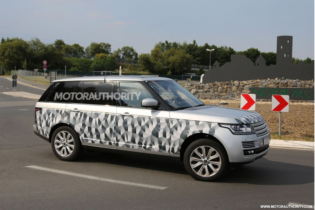 long wheelbase range rover makes an appearance the land rover center. Black Bedroom Furniture Sets. Home Design Ideas
