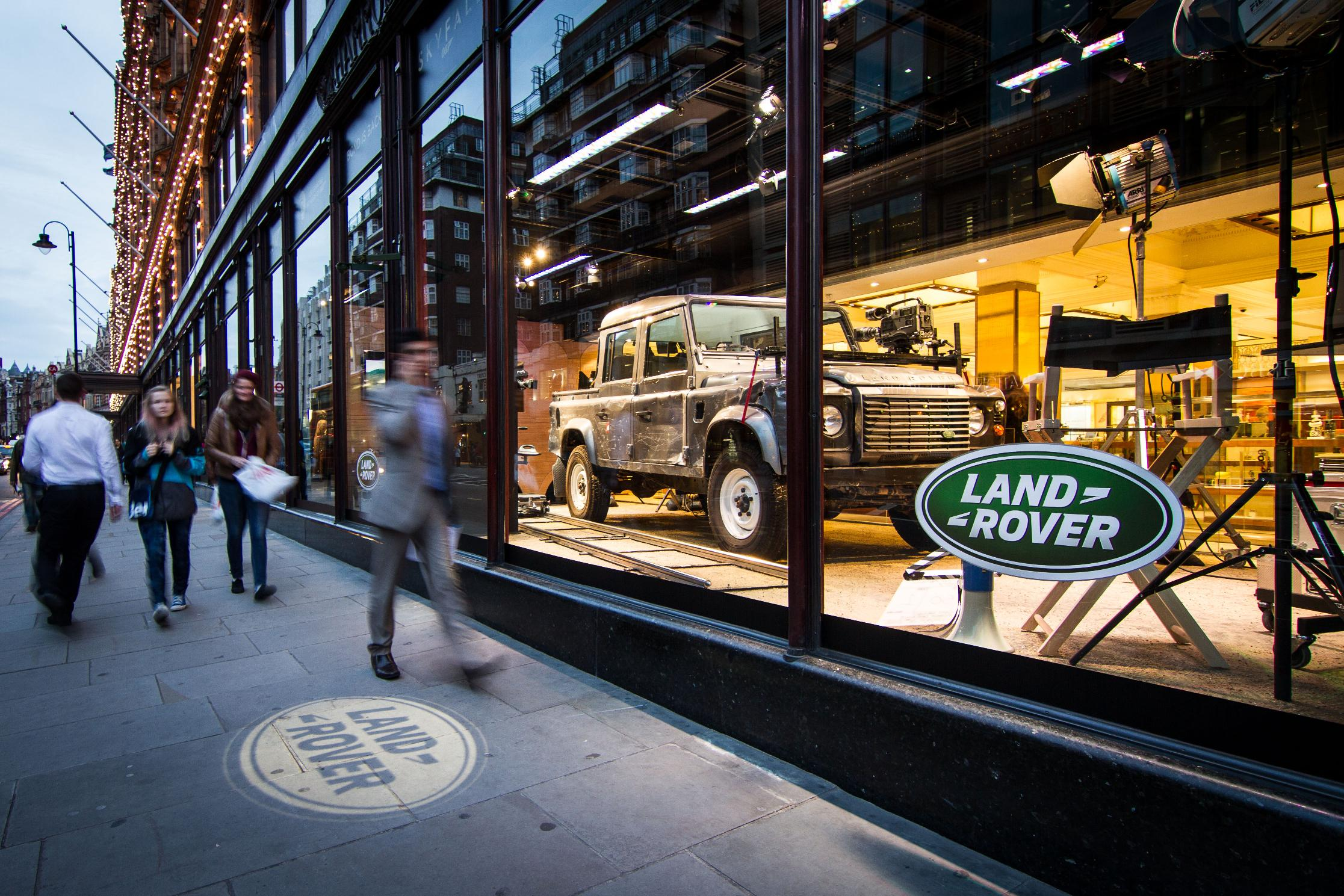 SKYFALL Land Rover in Harrods Window Debut | The Land Rover Center