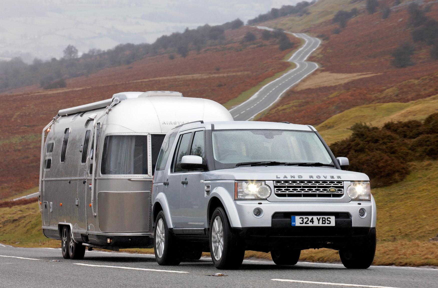 Lr 4 Wins Best Towcar In Caravan Owners Survey The Land