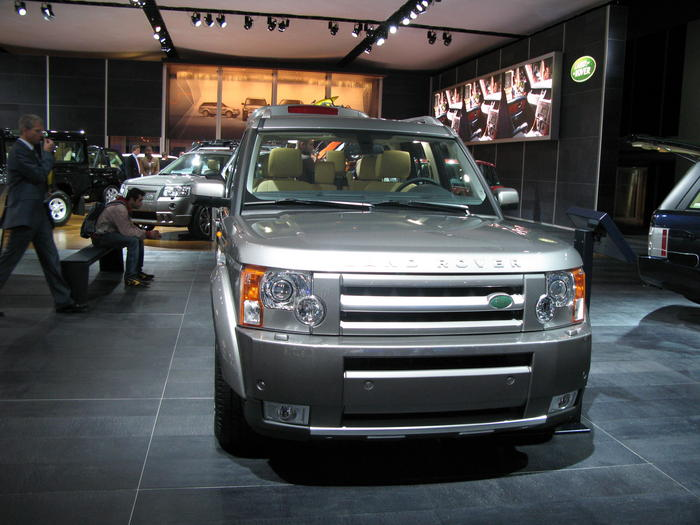 Lr3 Gets A New Body Styling Package The Land Rover Center